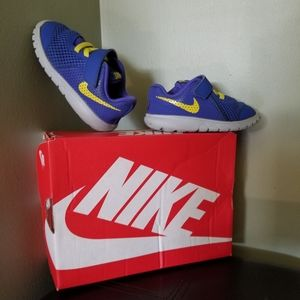 Rare NIKE for Toddlers (Size 6C=12cm)